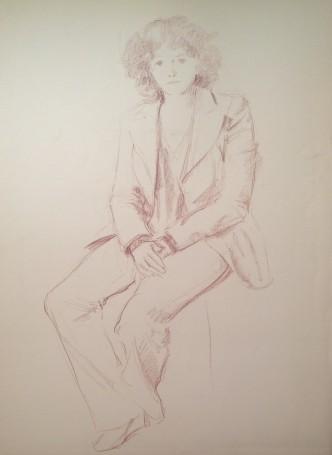 Con la giacca di Gigi Busato, donna con la giacca seduta in posa. Disegno sanguigna su carta, collezione di famiglia.